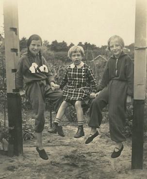 Tante Eva, friend, and Lisa (mother-in-law) in their Kleingarten near Ochsenzoll in Hamburg, 1924.