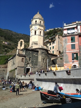 My best try at shooting Vernazza to get the fewest people in the photo.